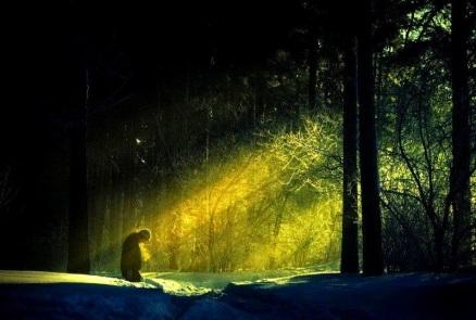 Αποτέλεσμα εικόνας για Τὸ Άγιον Πνεύμα μεταμορφώνει σὲ χαρὰ ό,τι αγγίξει…